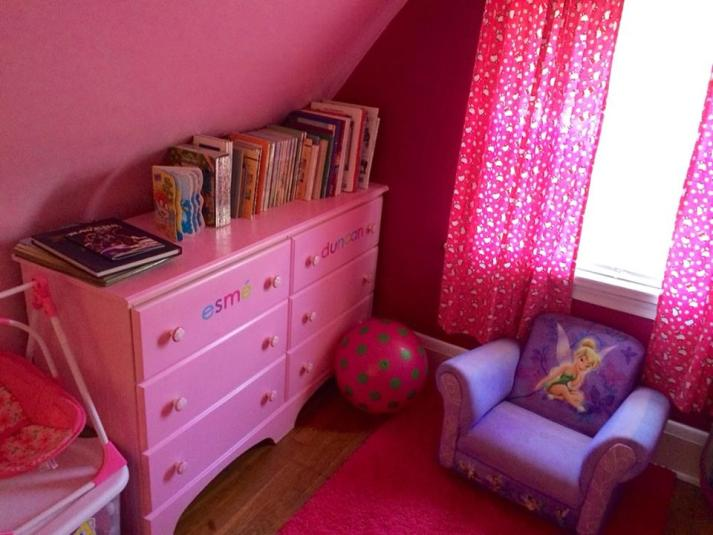 Esmes book nook